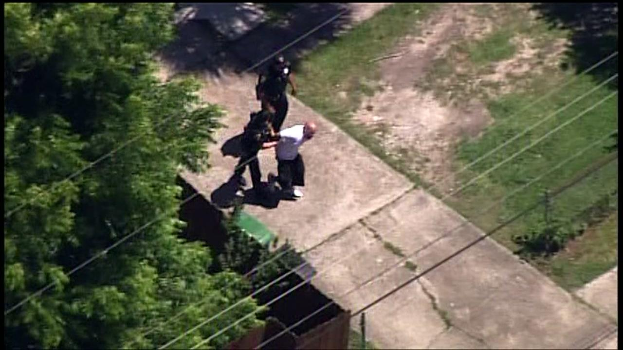 SkyEye video of suspect being arrested in north Houston