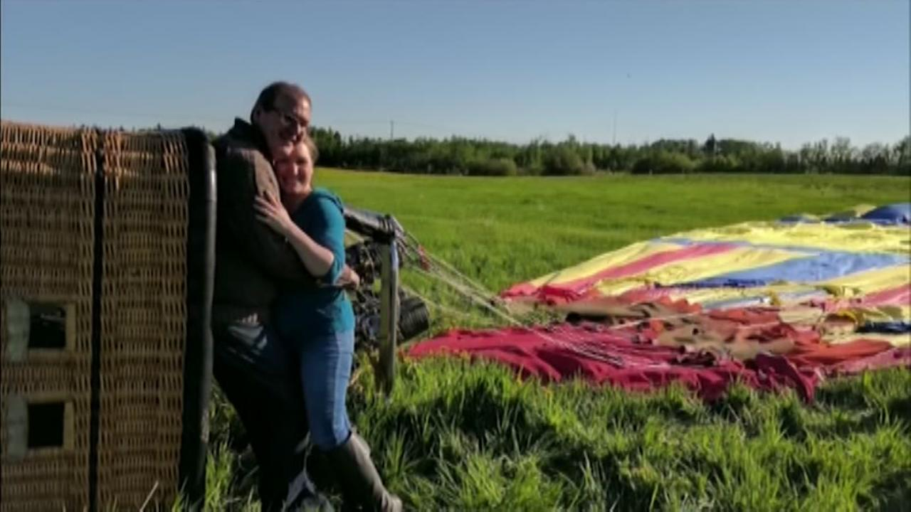Hot air balloon crashes after man proposes to girlfriend