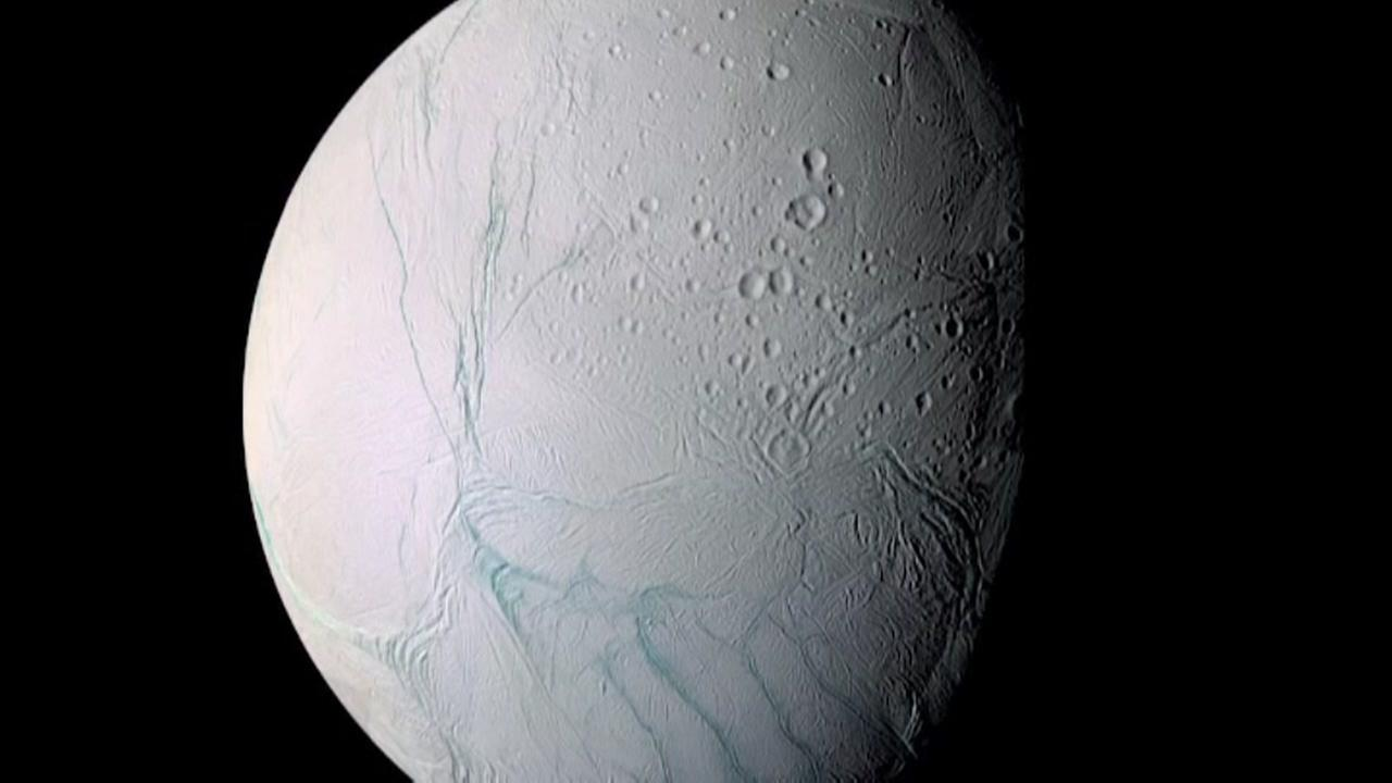 Did one of Saturns moons tip over?