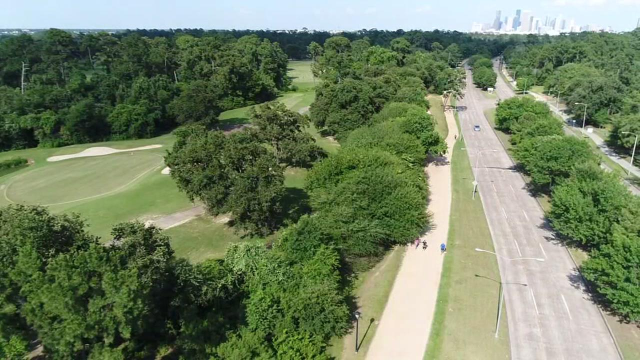 SkyDrone13 over Memorial Park joggers