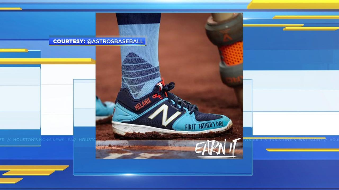 Astros player sports Fathers Day cleats on the field