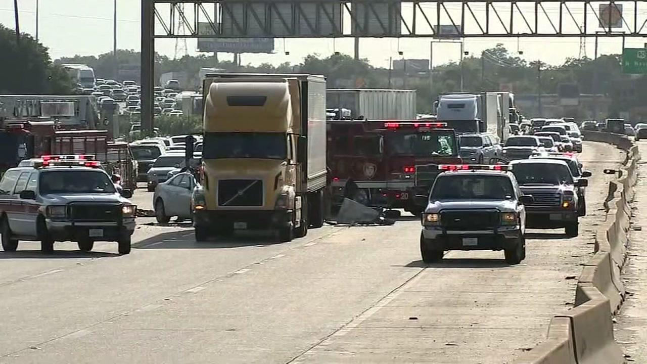 Two separate accidents on East Freeway