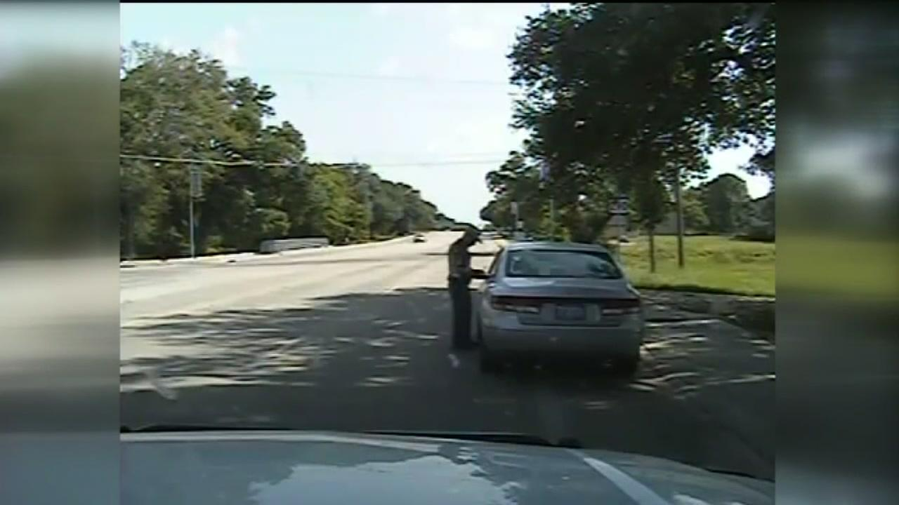 Perjury charge dropped against officer who arrested Sandra Bland