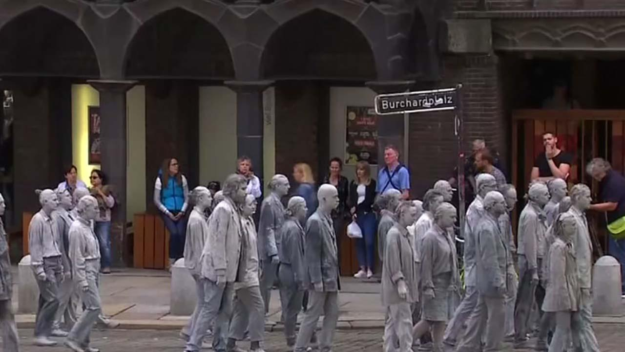 Zombies invade Hamburg in protest of summit
