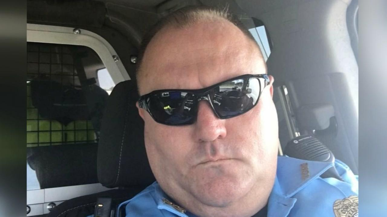 Former Texas City officer accused of stealing money from dying man