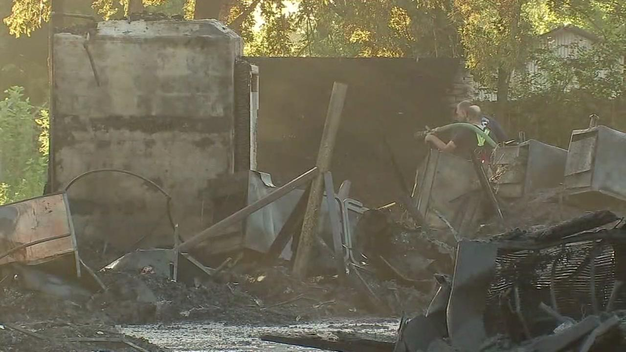 Hundreds still without power 11 hours after south Houston fire