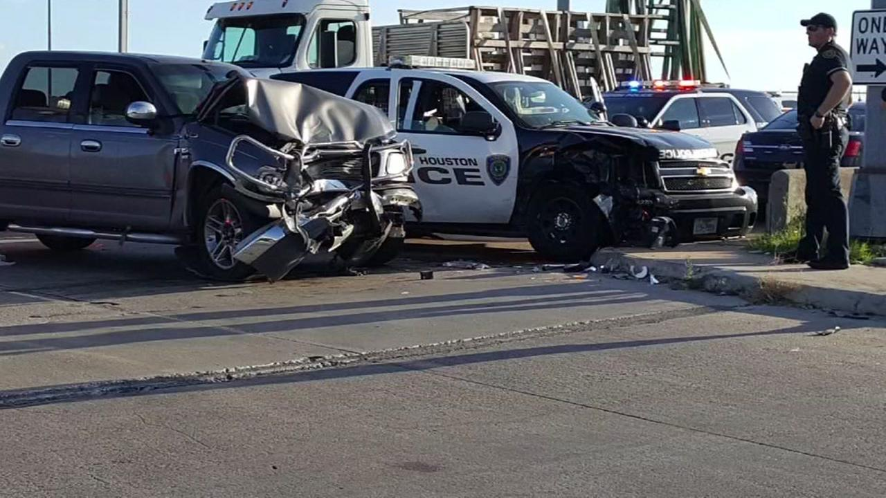 Two HPD officers injured in accident