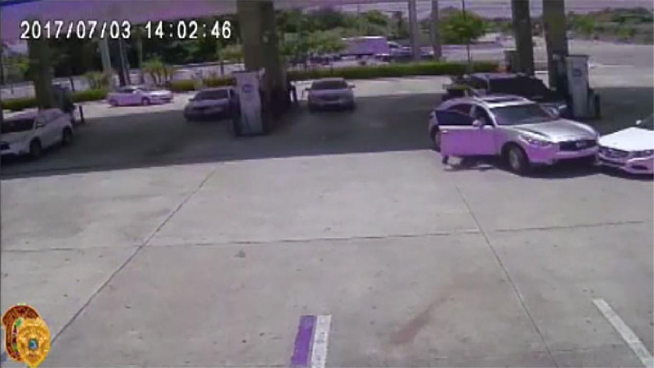 Caught on camera: Woman dragged during carjacking