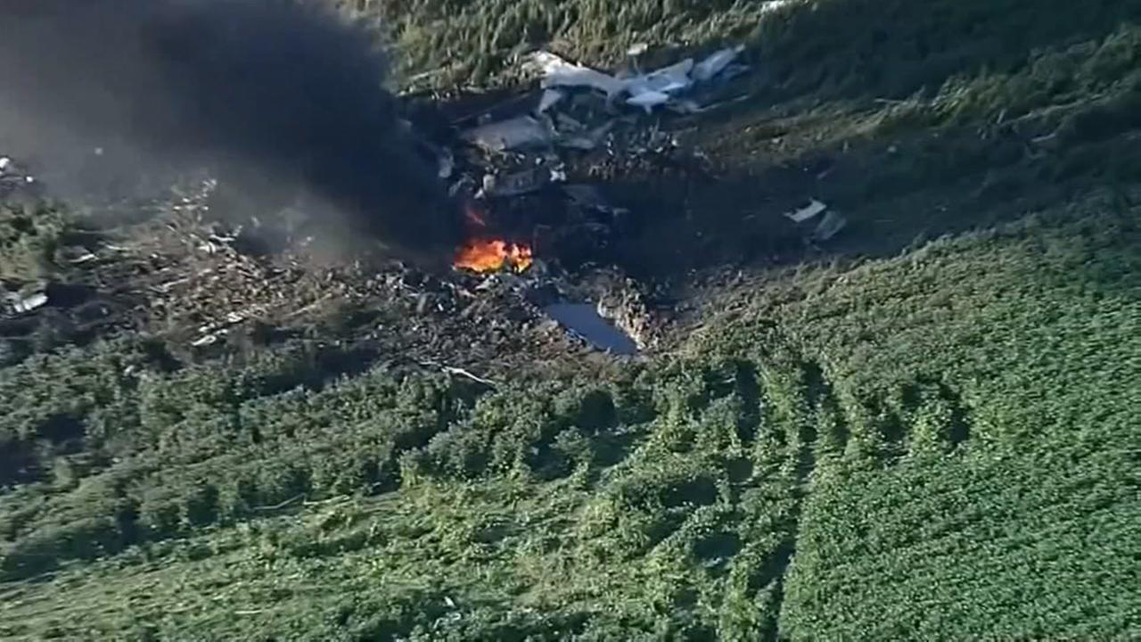 5 dead after Marine Corps plane crashes in Mississippi