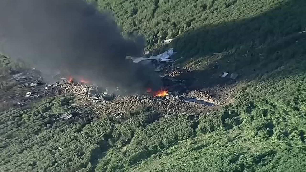 At least 16 killed in military plane crash in Mississippi