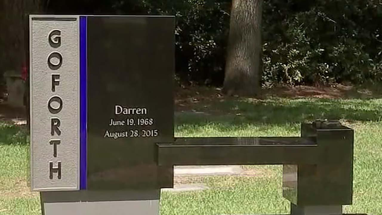 Companies donate memorial for Deputy Darren Goforth