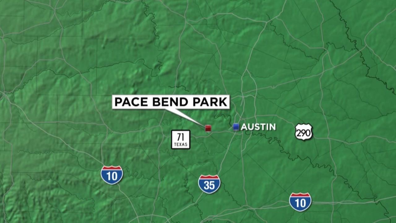 Man unharmed after plane crash in Lake Travis