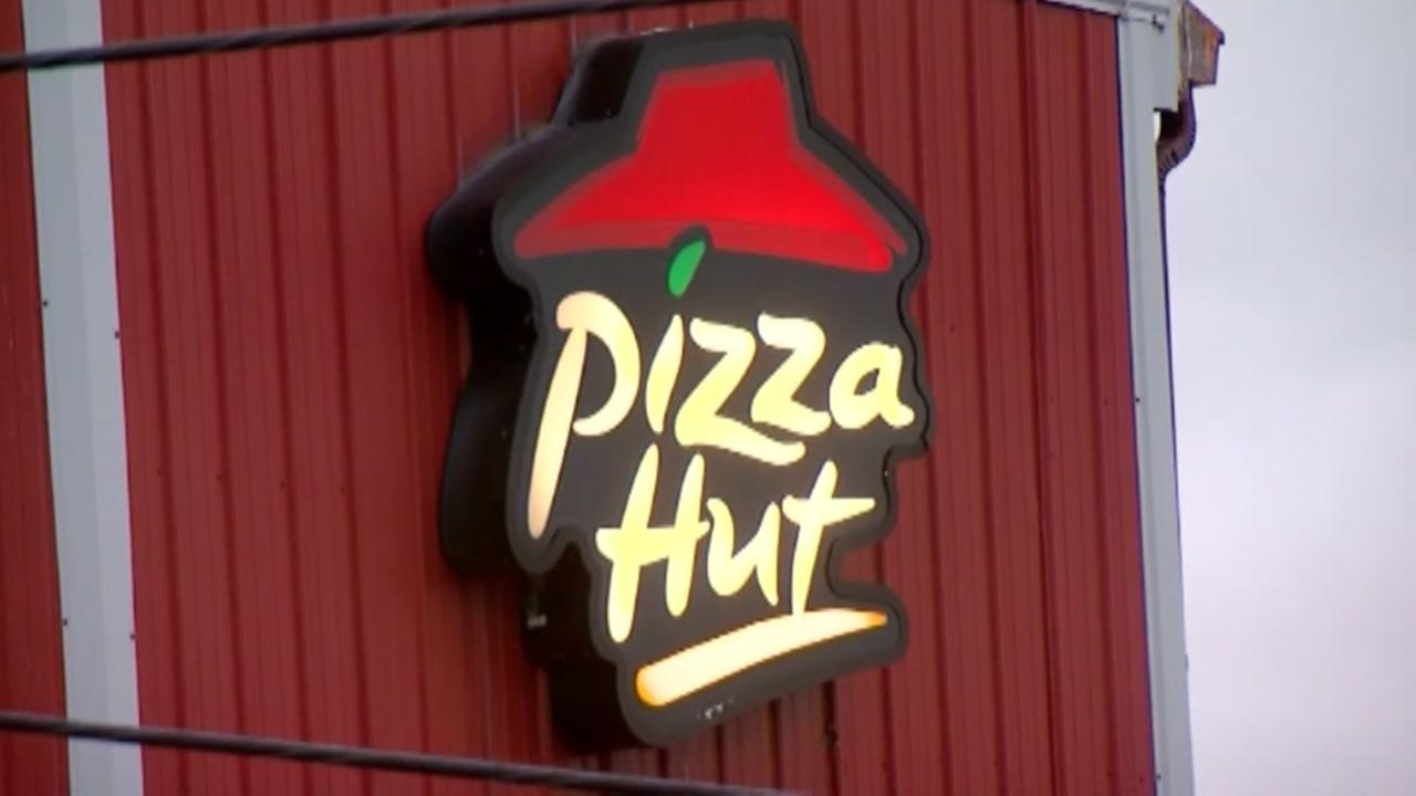 Pizza Hut hiring 14,000 new drivers