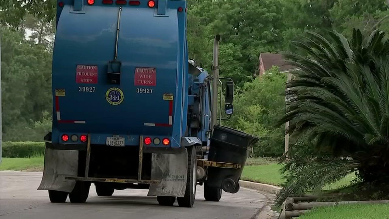 Council members: lets start over on recycling contract