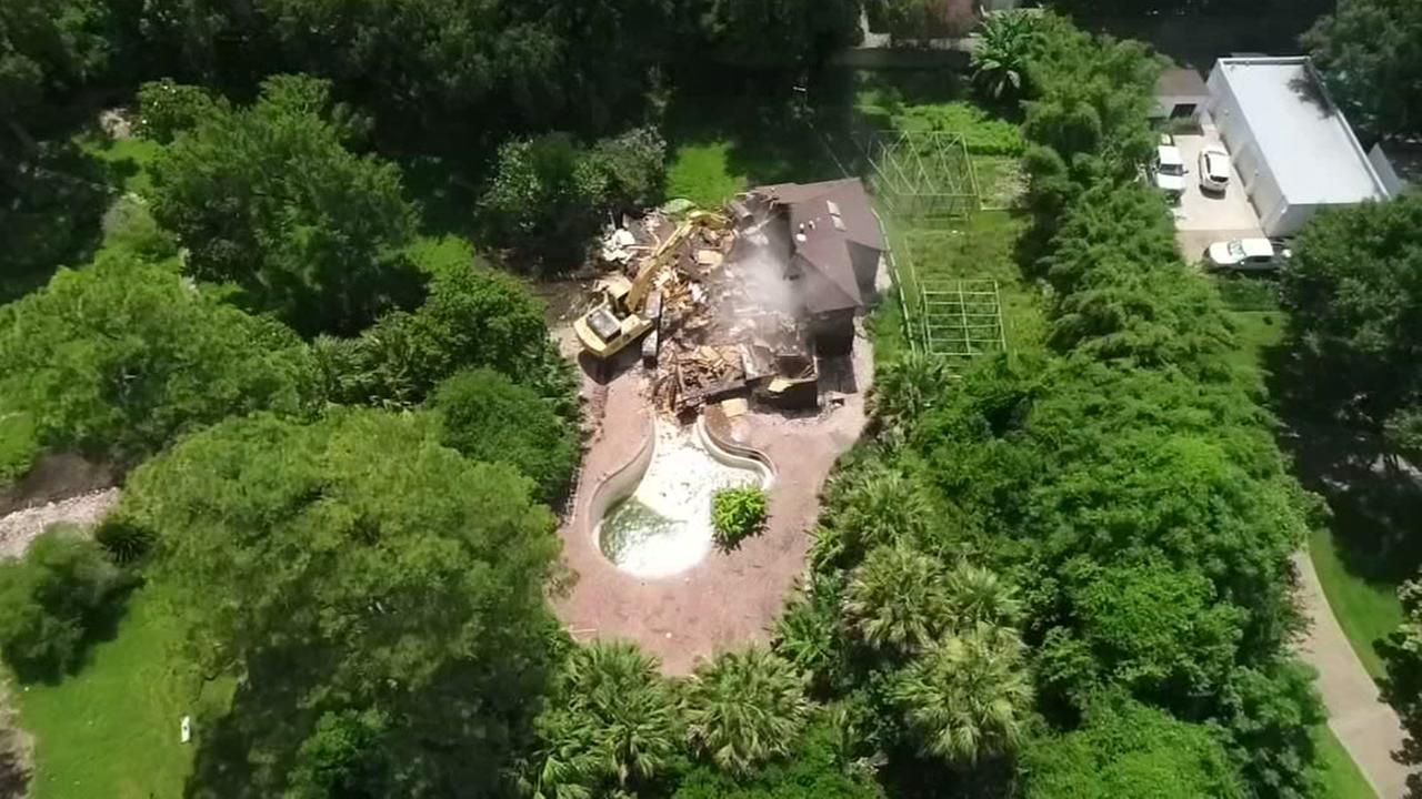 Iconic River Oaks mansion torn down