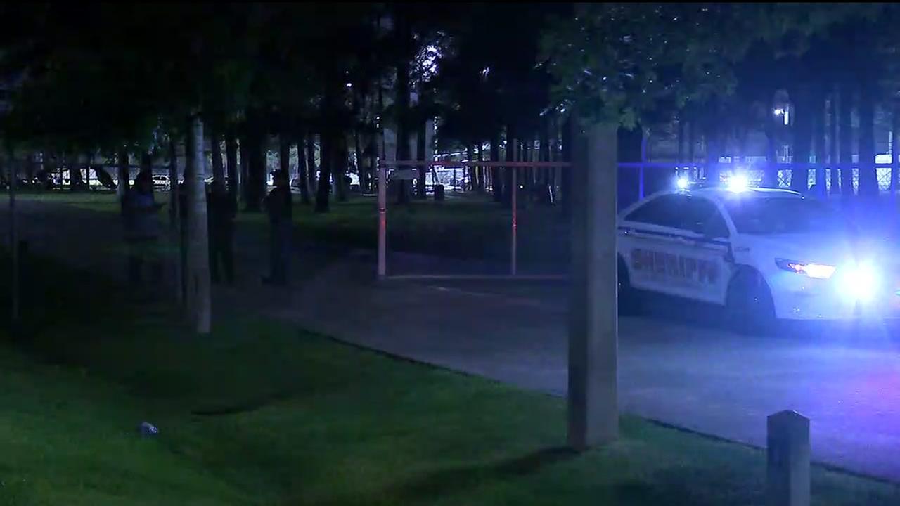 1 dead, 1 injured in Crosby park shooting