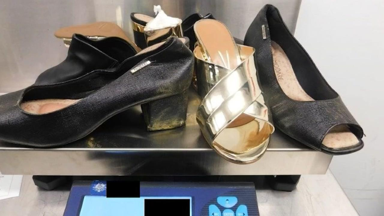 Woman allegedly concealed cocaine in her shoes