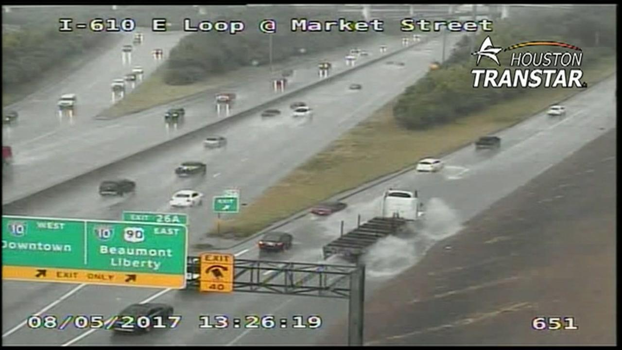 High water on East Loop northbound near Market St