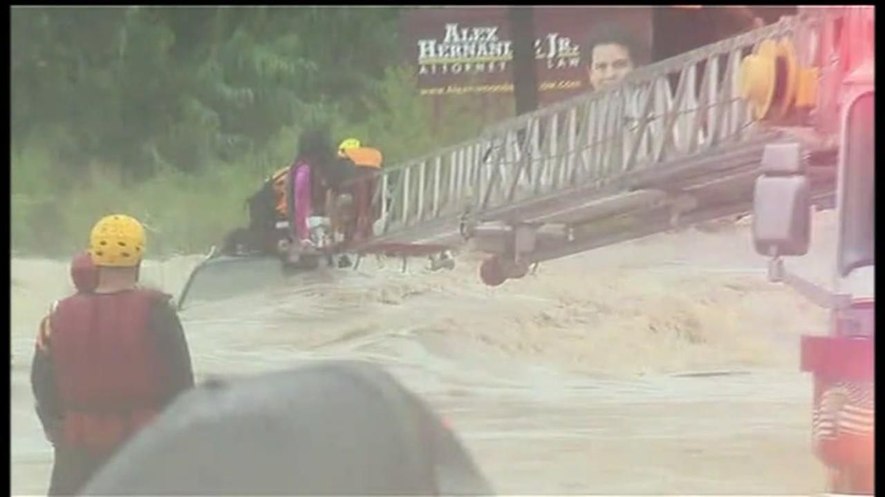 Dramatic rescues during San Antonio flooding