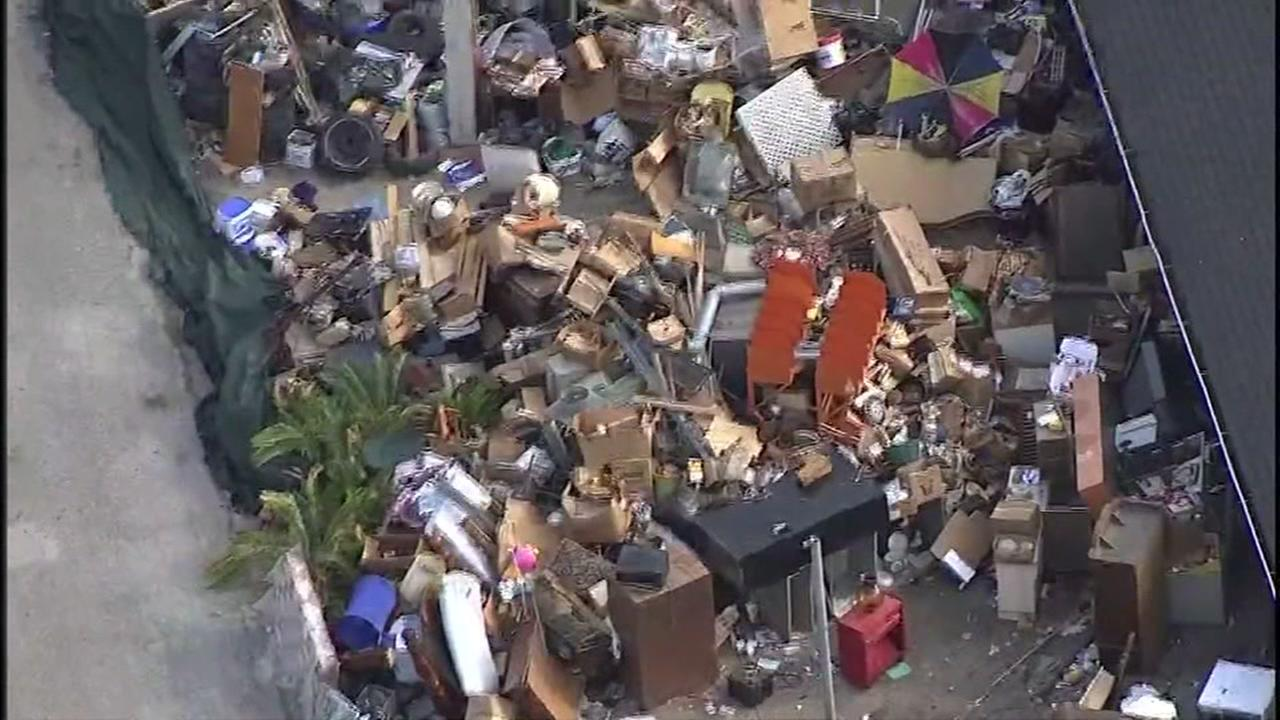 S. Houston neighbors work to help elderly neighbor after eviction