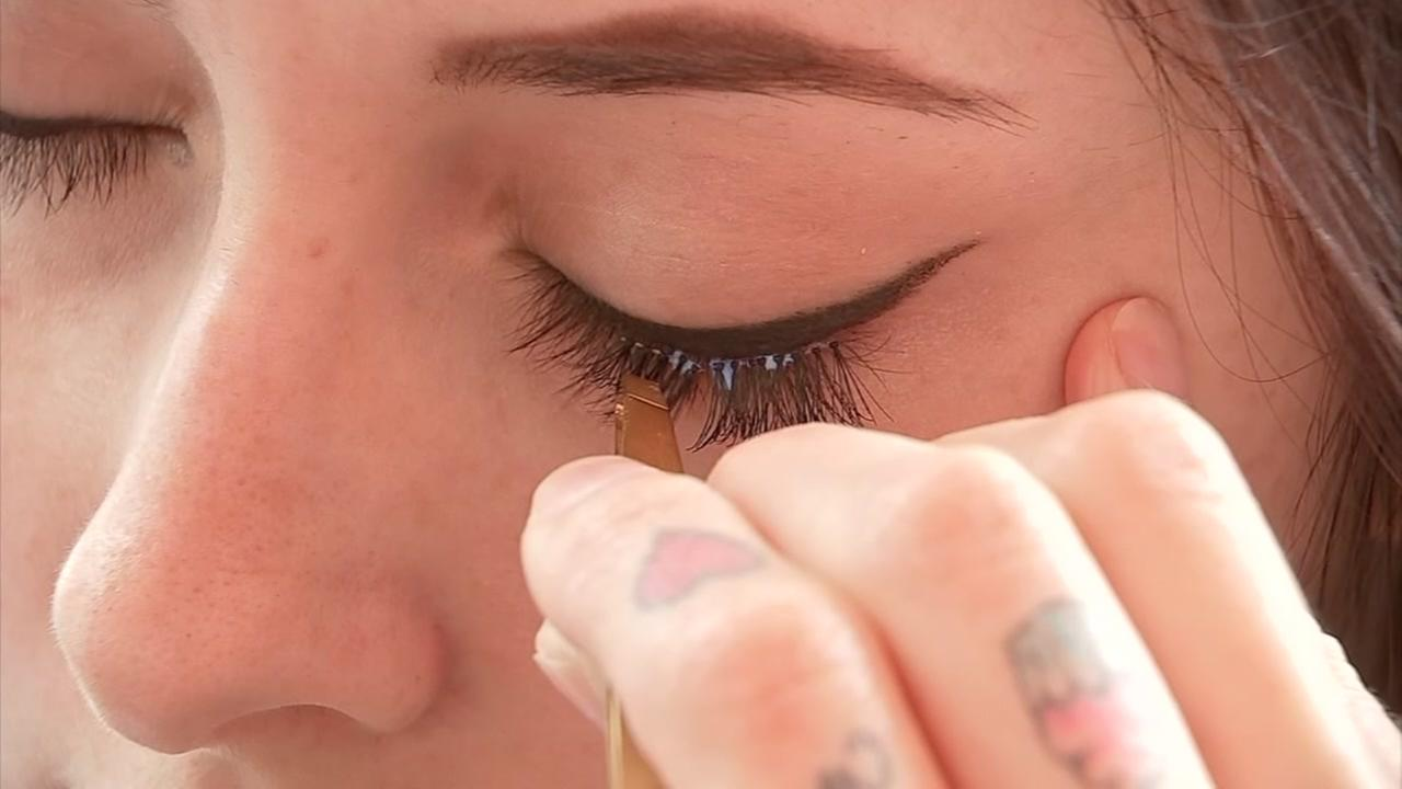 Give your lashes new life in 30 seconds