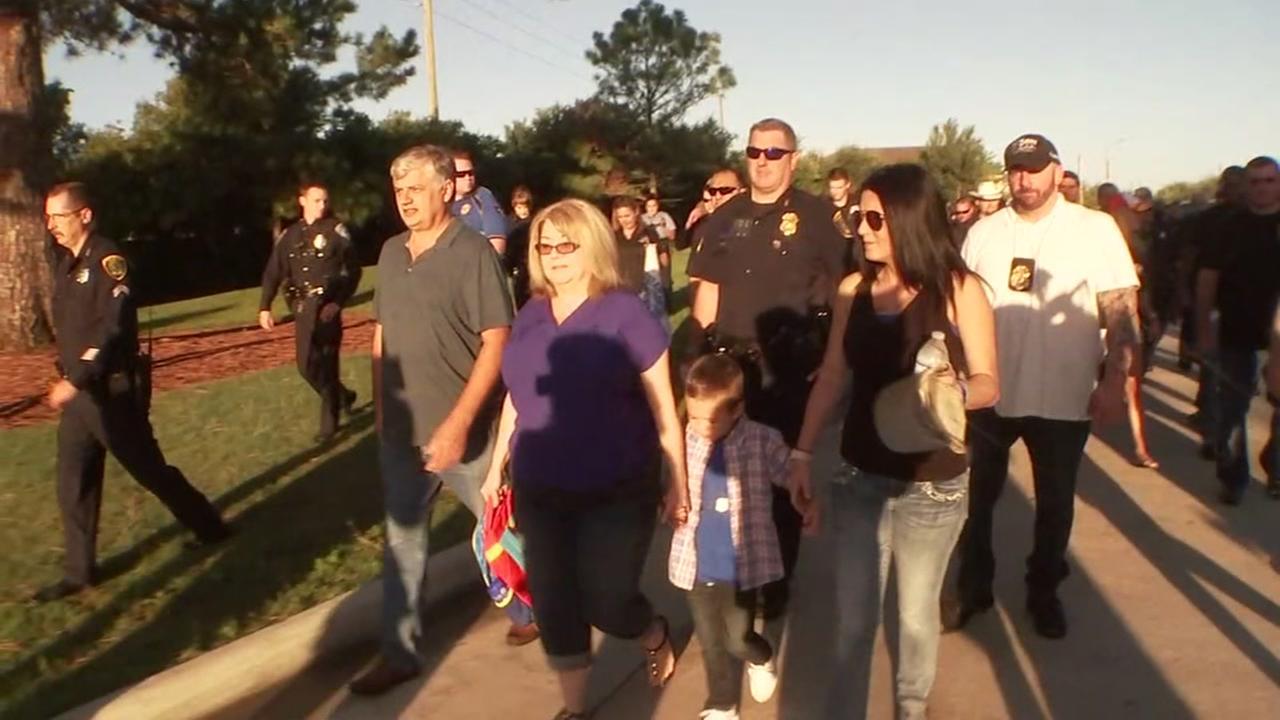 Son of fallen officer gets police escort to first day of kindergarten