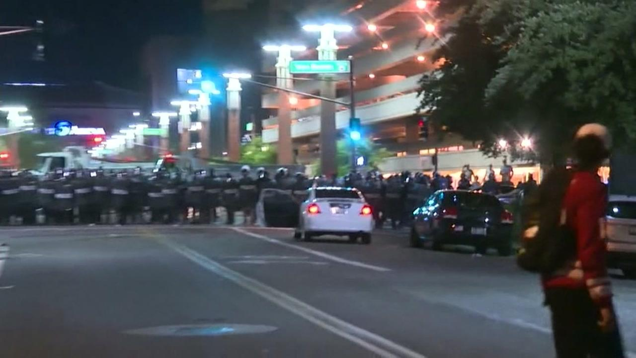 Protests turn unruly after Trumps Phoenix speech