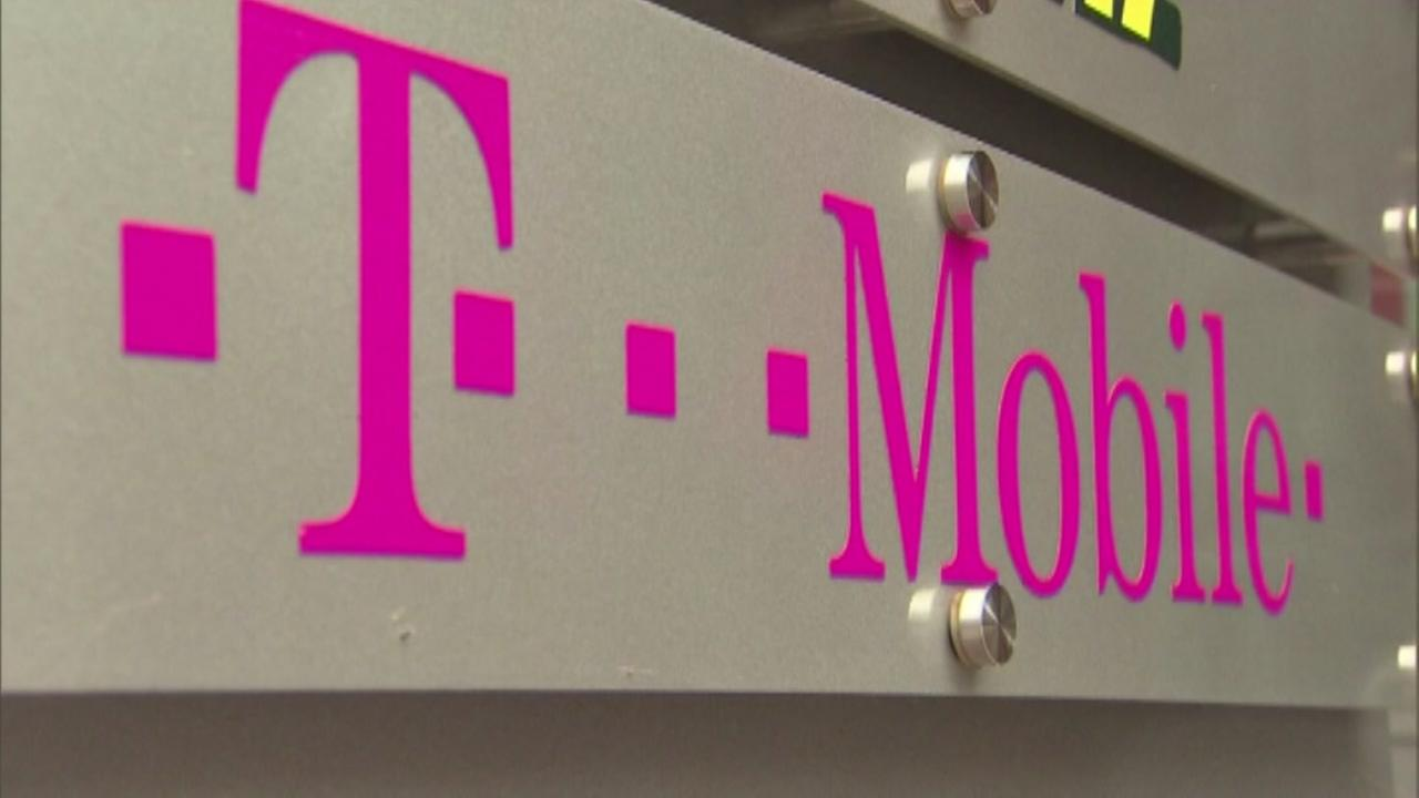 T-Mobile offering free calls for customers in path of Hurricane Harvey