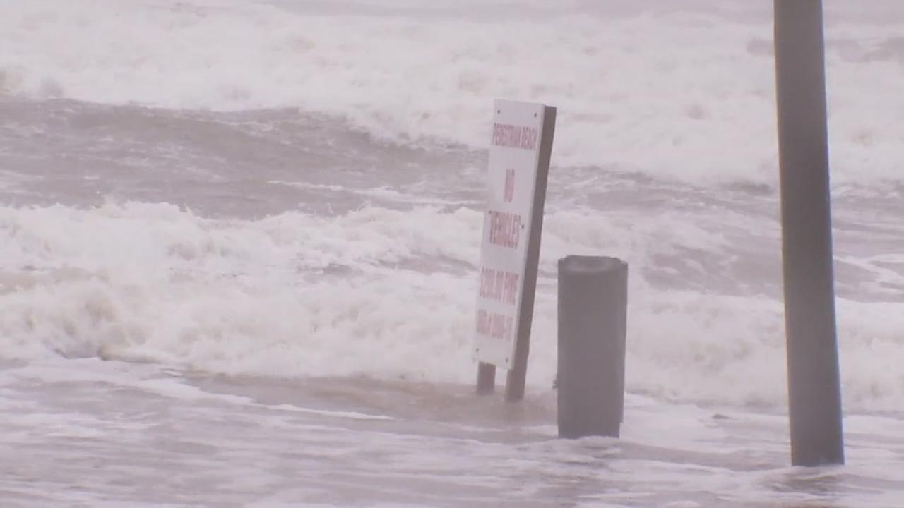 Storm surge creeping into Surfside Beach