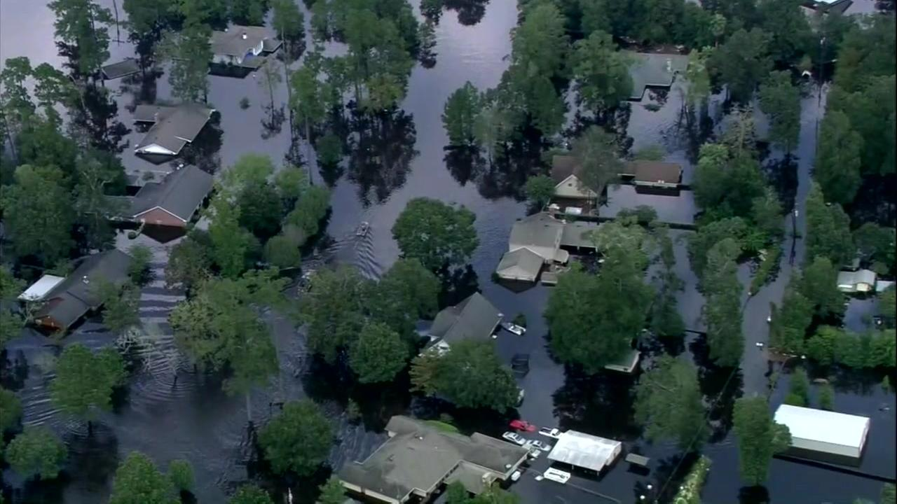 Hurricane-ravaged Beaumont to be without water for a week