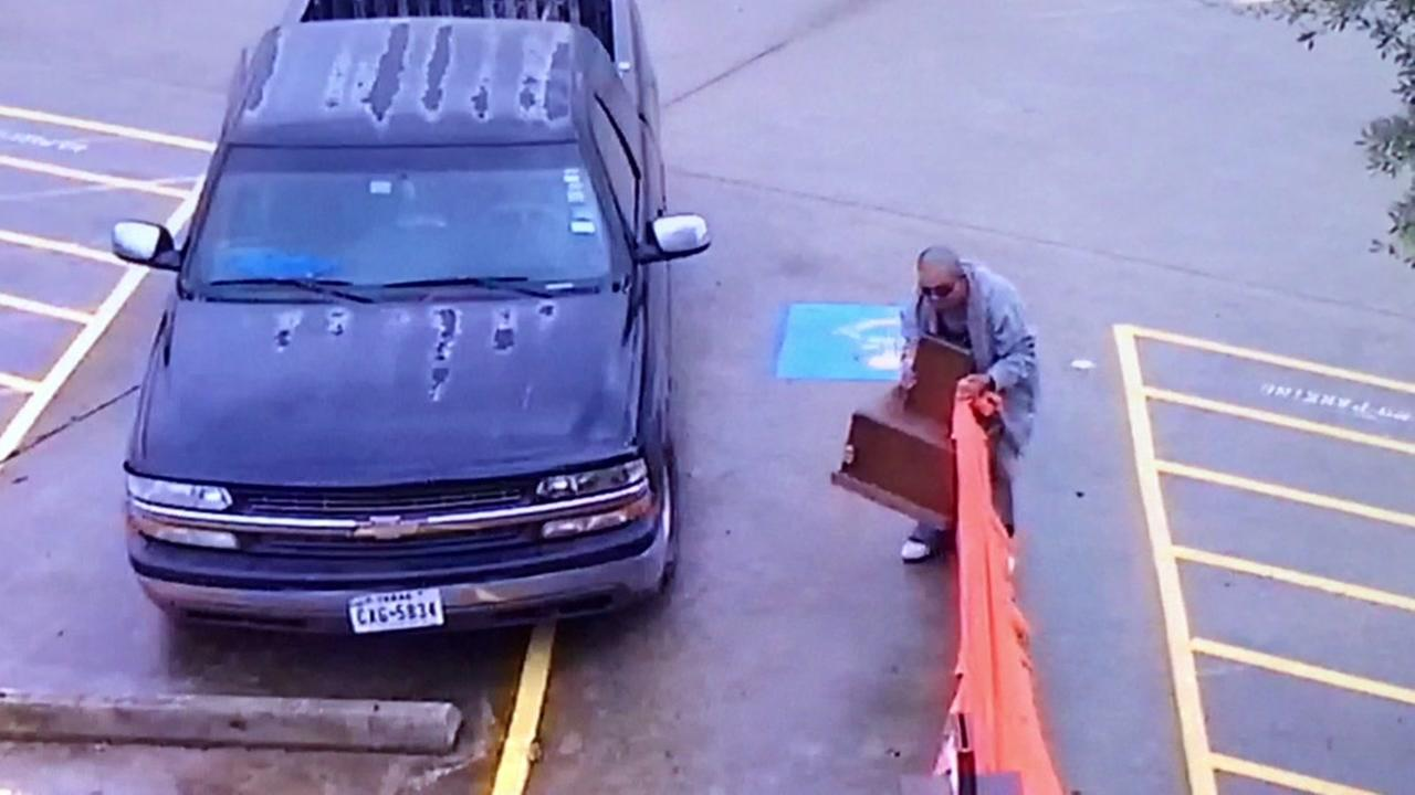 Thief steals donations from Sugar Land temple serving as storm shelter