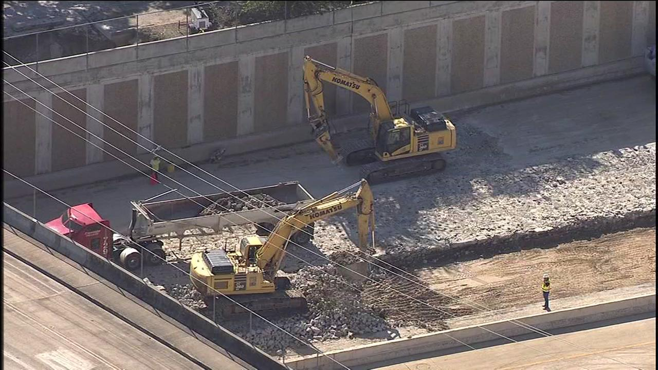 Crews work to repair damaged Beltway 8