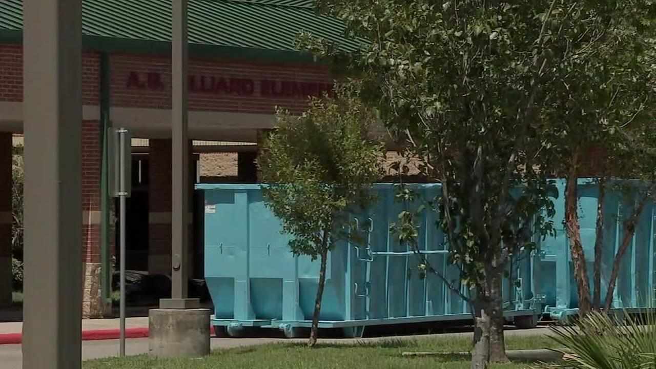 Damaged HISD schools delayed at least 1 more week