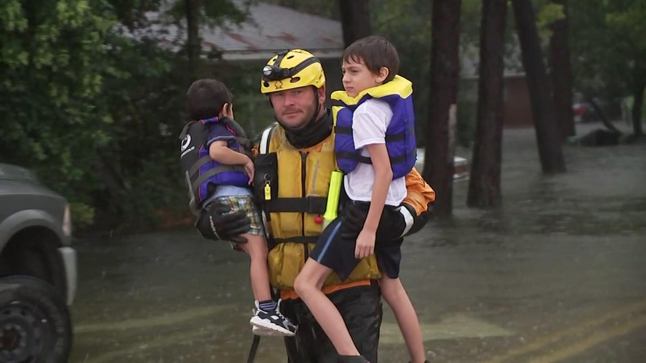 Cajun Navy helps out neighbors to the west after Harvey