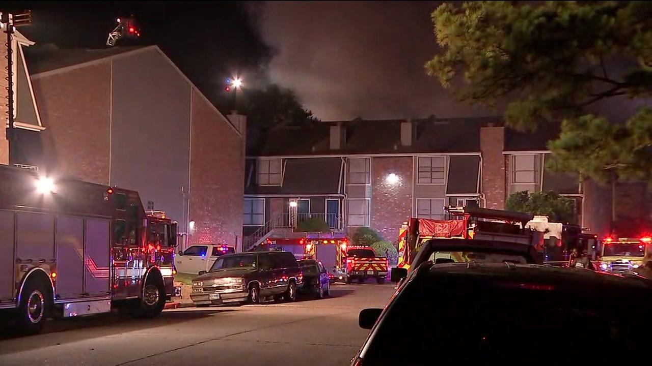 Harvey flood victims among those displaced by 2-alarm fire