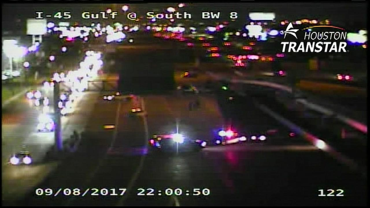 At least one dead in accident on Gulf Freeway