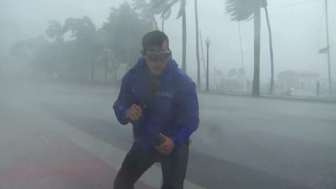 Hurricane Irma lashes Tampa Bay region as it weakens to Cat 1 storm