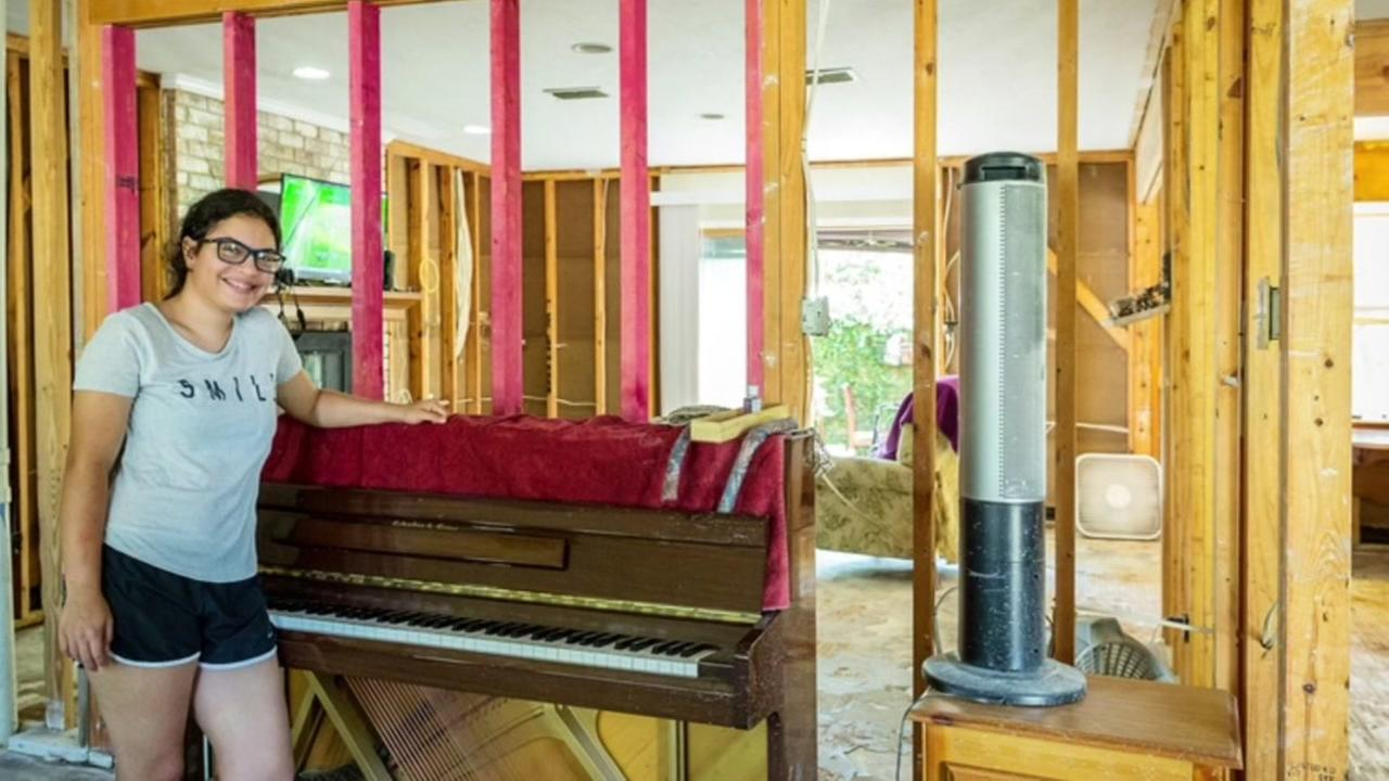 Harvey victims piano performance touching hearts