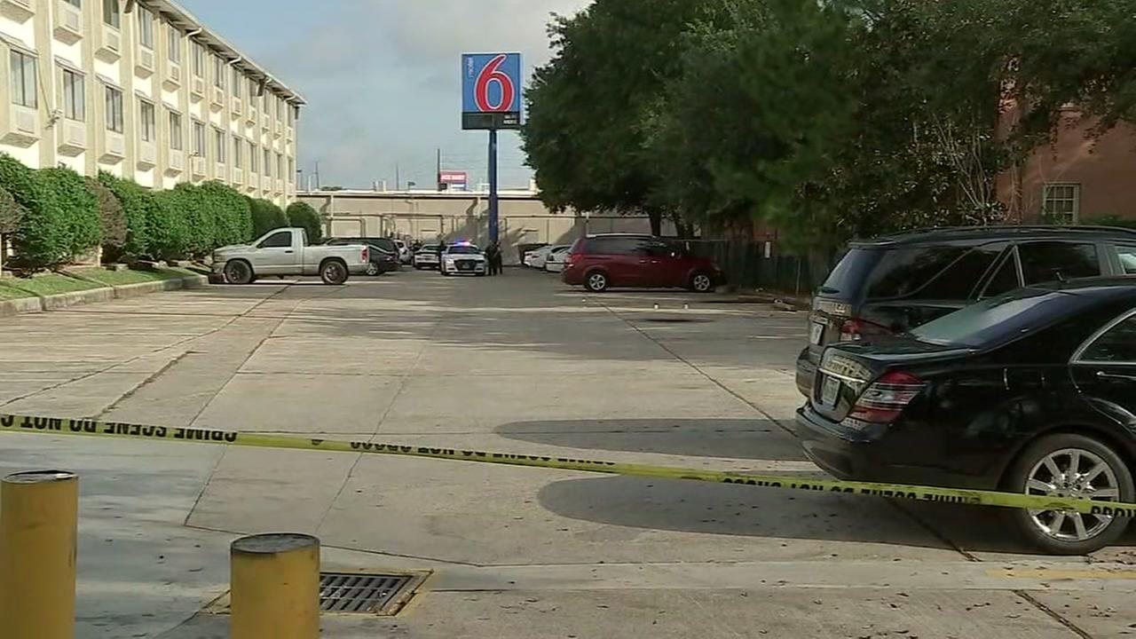 Police investigating shooting in Spring Motel 6 parking lot