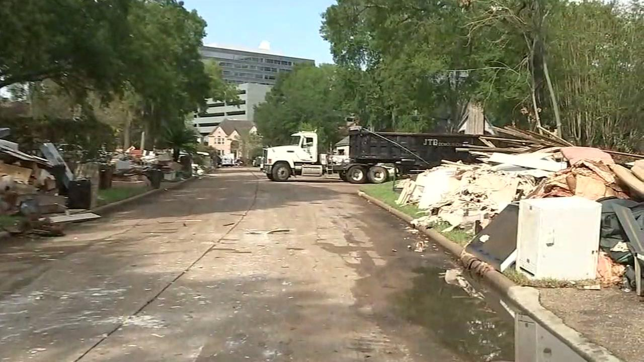 Mayor takes on debris removal in Houston