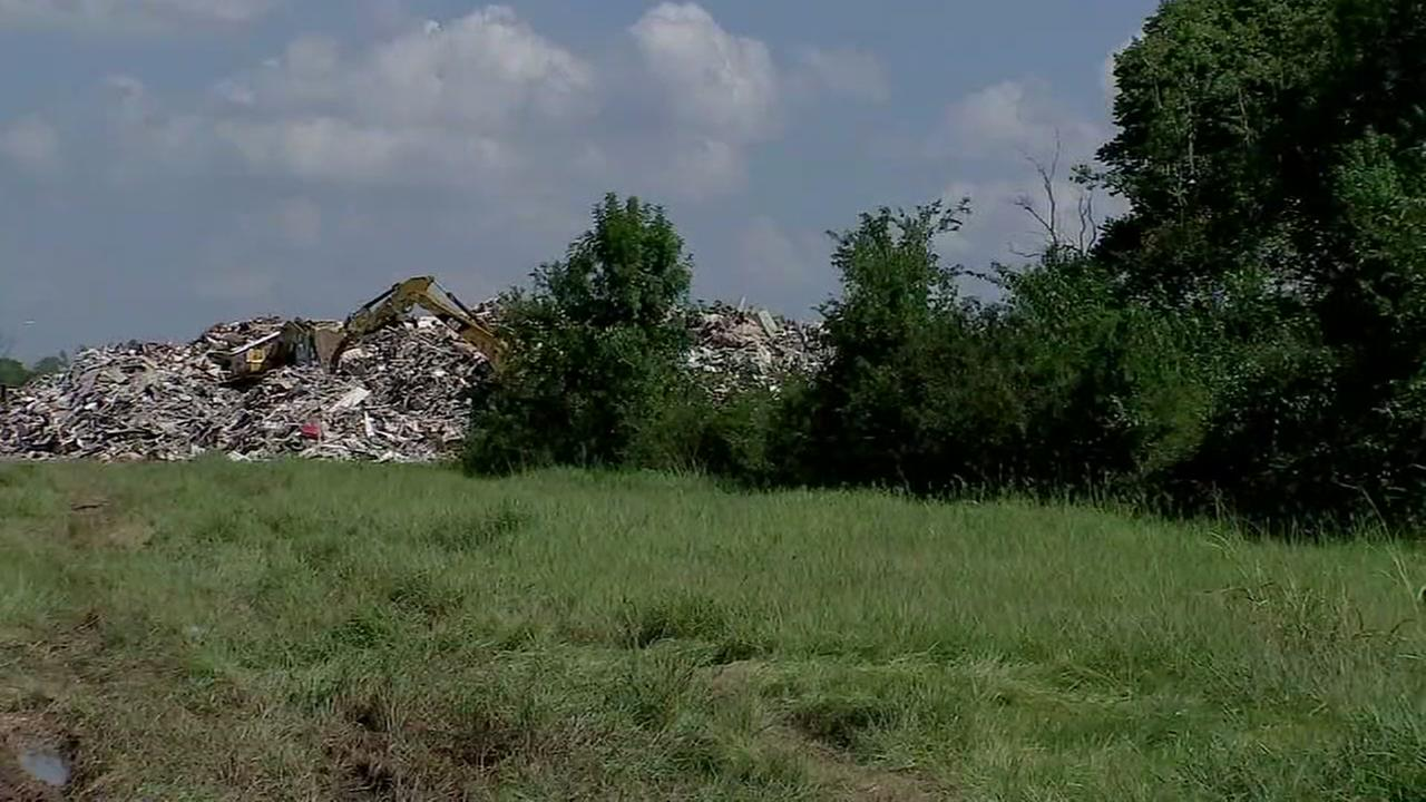 Debris disposal sites pop up around Houston