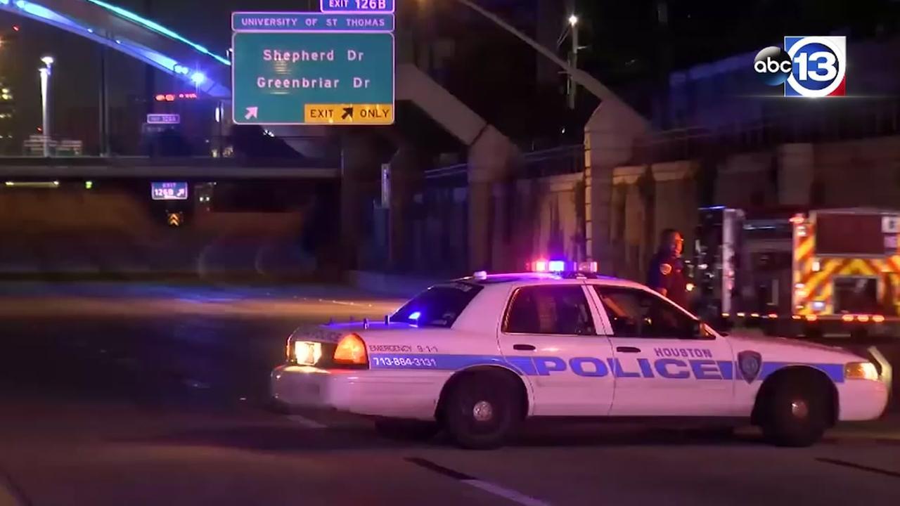 Timeline of crash that injured officer