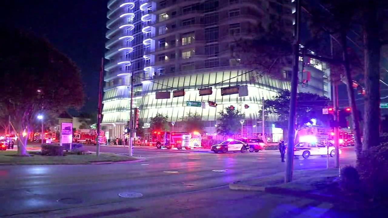 2-alarm fire forced evacuation at high-rise apartment