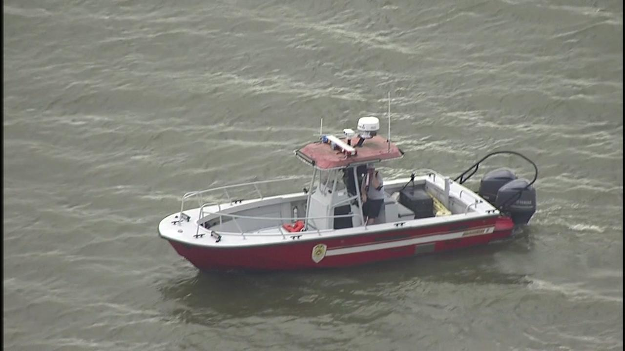 Crews searching for man who disappeared at Clear Lake