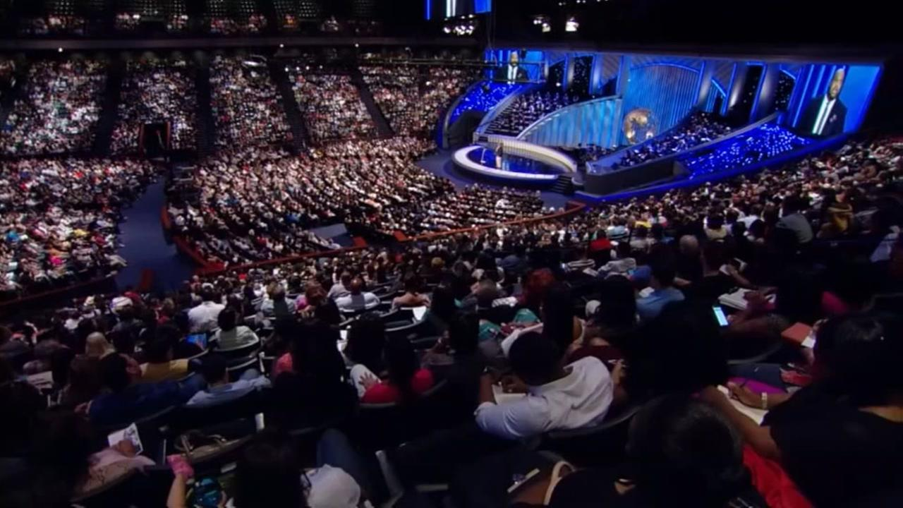 Houston Worship Relief concert tonight at Lakewood Church