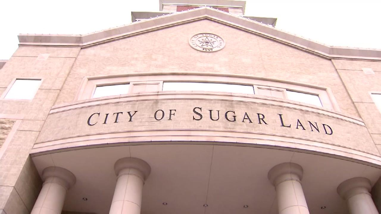 Sugar Land mulls cutting holiday celebrations