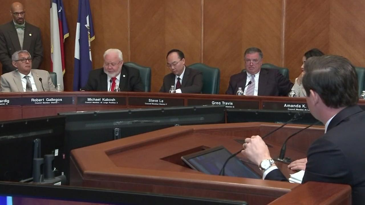 Houston council votes against mayors tax rate request
