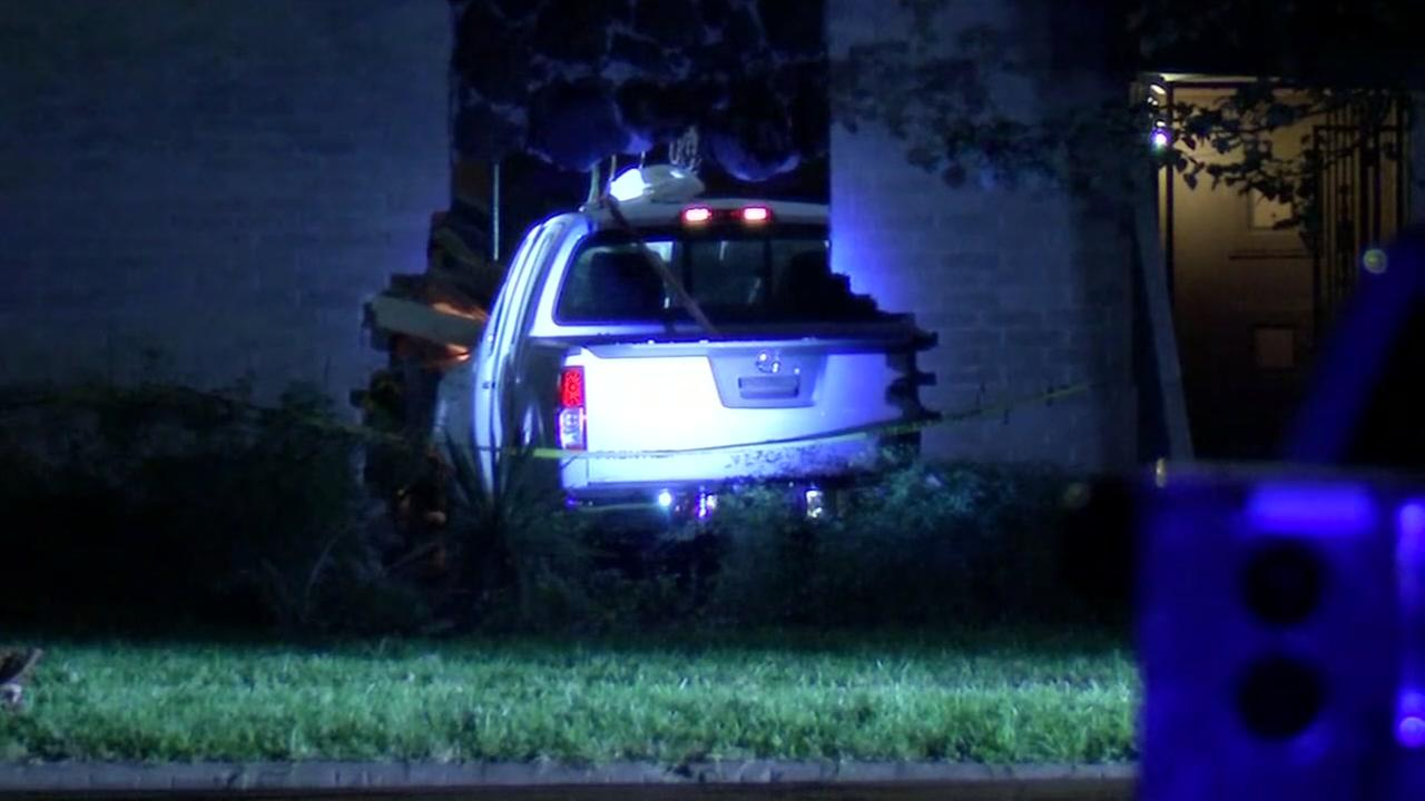 Video shows moments before crash into house