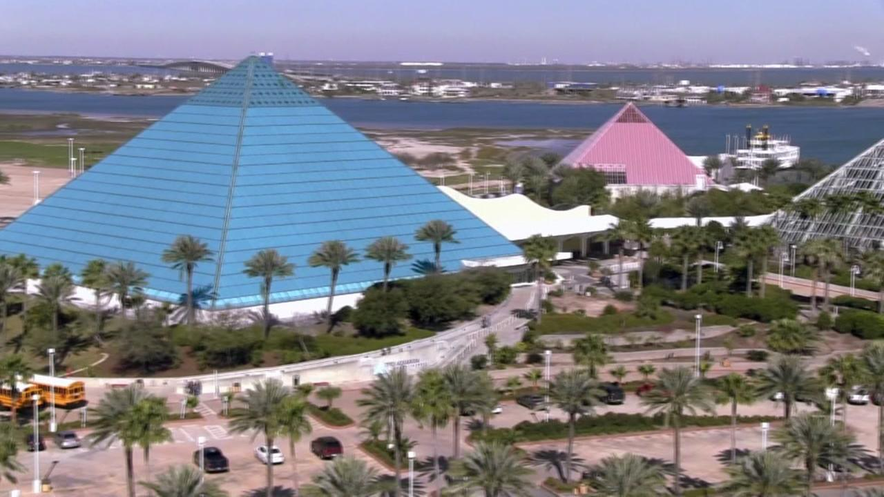Moody Gardens offering discount for Astros fans