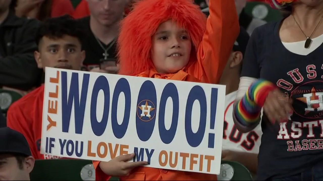 Astros fans fill up Minute Maid for away game